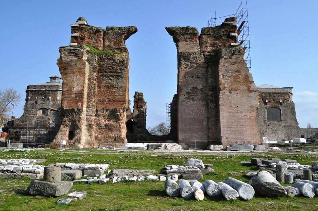 Bazilika ağırlıklı olarak yabancı turistler tarafından ziyaret ediliyor
