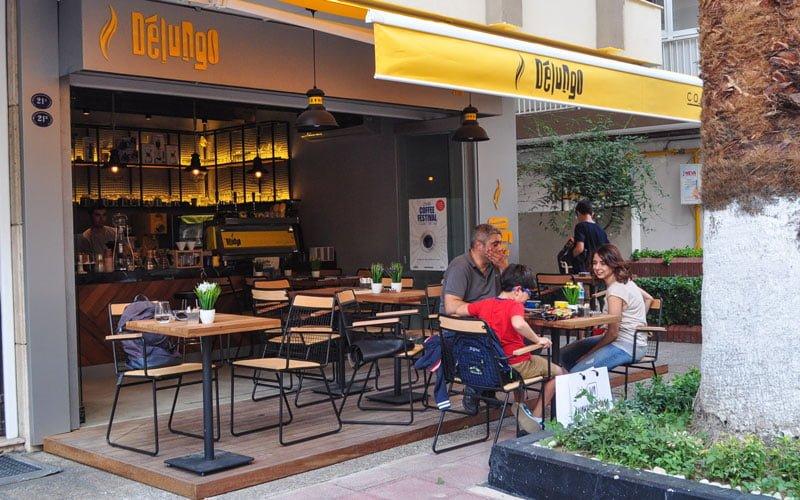 delungo-cafe-alsancak