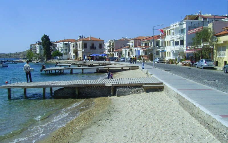 Eski-Foca-Halk-Plaji