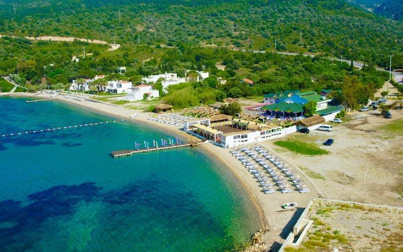 Mambo-Beach-Club-Foca
