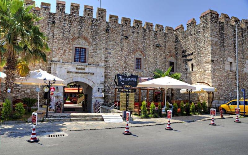 Okuz-Mehmet-Pasa-Kervansarayi