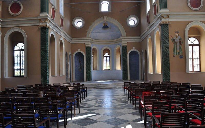 Ayavukla-Aziz-Vukolos-Kilisesi