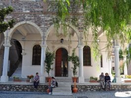 Ayavukla-Kilisesi-Izmir