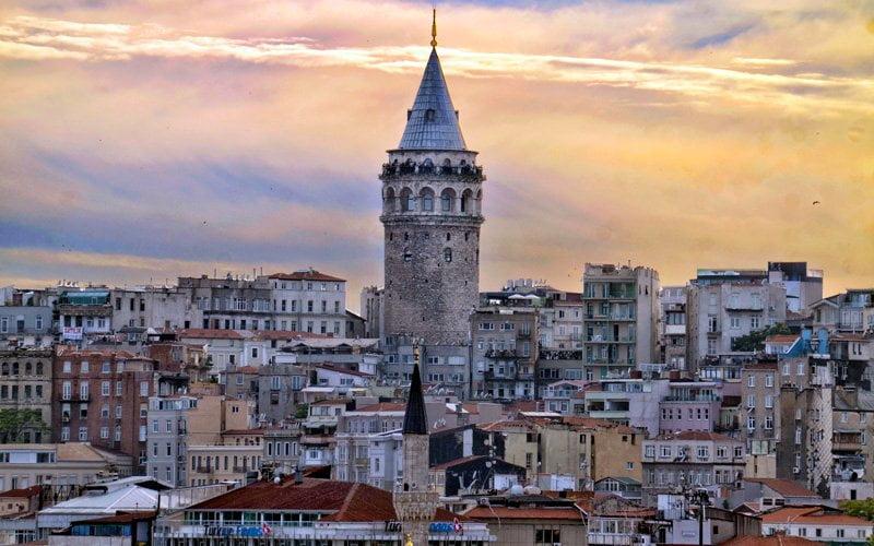 Istanbul-Gezilecek-Yerler-Galata-Kulesi