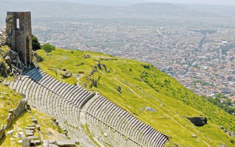 Izmir-Gezilecek-Yerler-Bergama