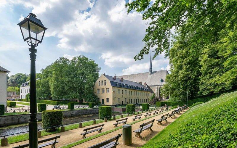 Bruksel-Parklari-Abbaye-de-la-Cambre