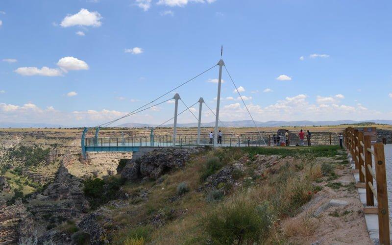 Ulubey-Kanyonu-Cam-Teras-Ucreti