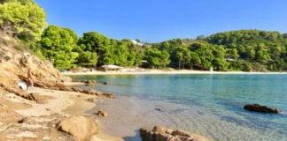 Yunanistan-Ciplaklar-Plaji-Banana